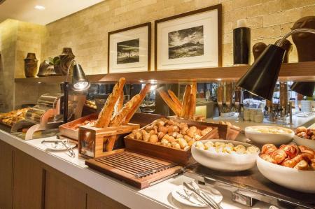 Frühstück Deluxe Hotel Gran Marquise