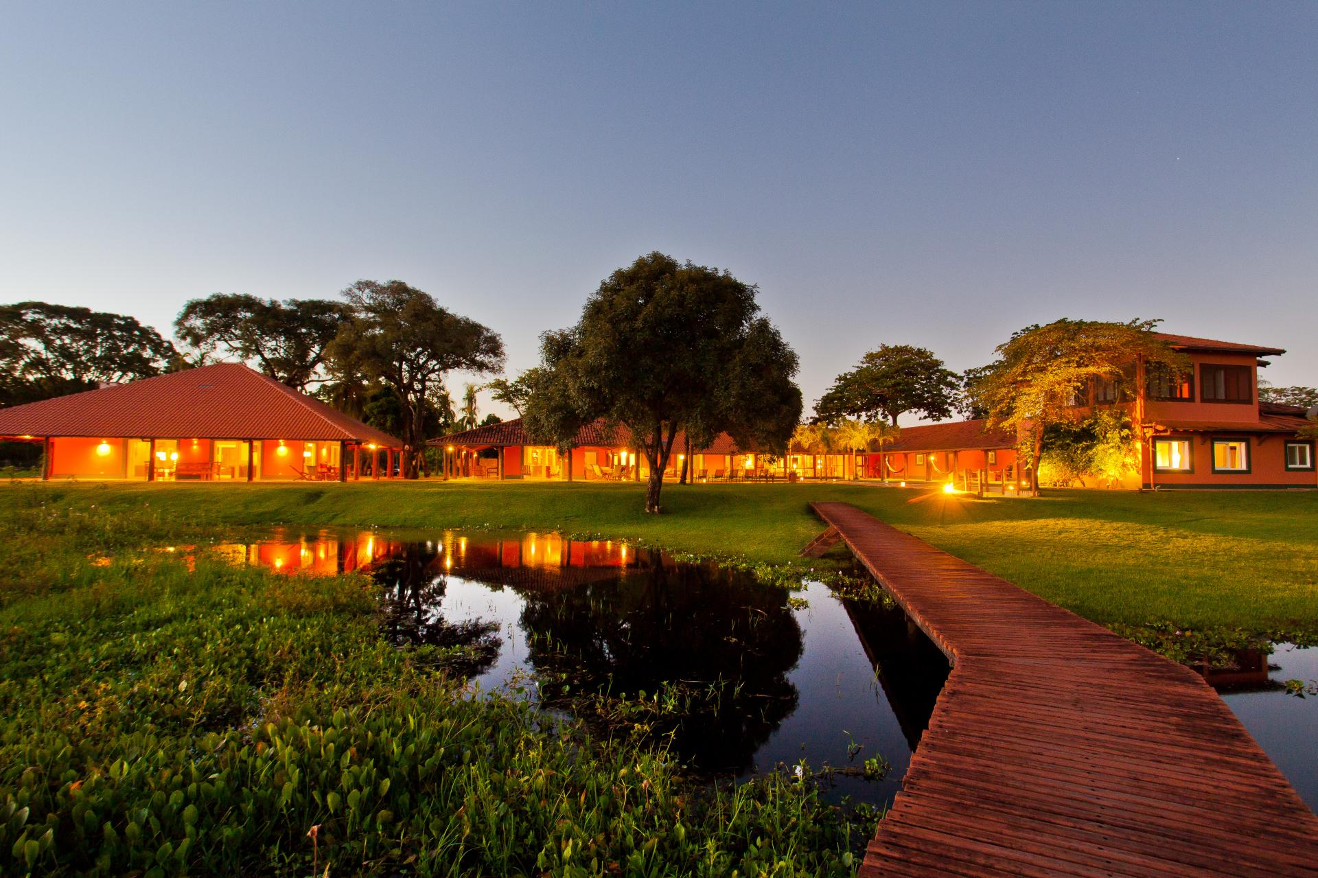 Hauptgebäude der Caiman Lodge_Credits_Sidney_Bloch