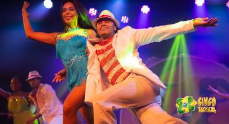 Ginga Tropical Show zeigt Paartanz
