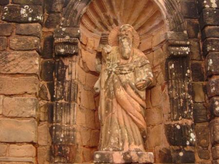 Heiligenstatue der jesuitischen Mission