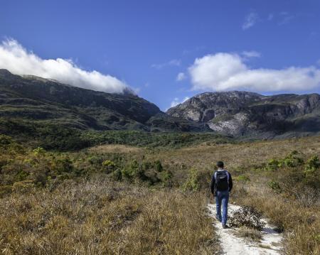 Wanderausflug zu den Naturmonumenten der Berge um die Kloster-Pousada Serra do Caraca in Minas Gerais - Brasilien